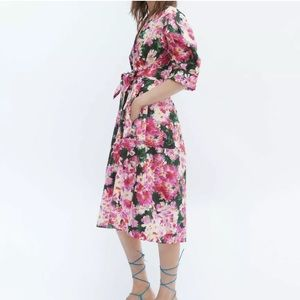 ZARA SS19 NWOT Floral Print Midi Dress W Tie Belt